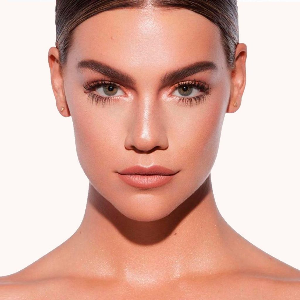Makeup Contouring con ácido hialurónico Image